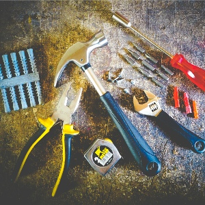 Hand Tools | Power Tools | Decorating Tools | Staplers