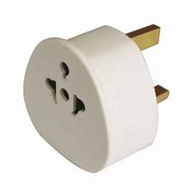 Status UK Visitors Adaptor - White